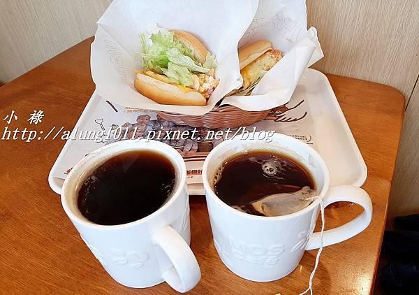 摩斯漢堡 (7).jpg