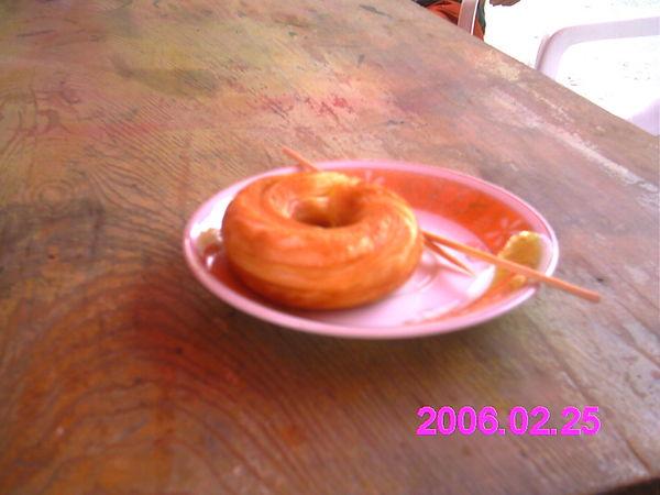 還滿好吃的甜甜圈