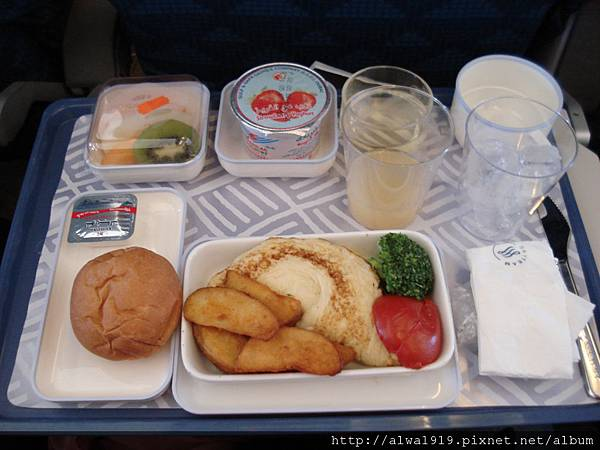 超好吃的大韓韓空餐點.JPG