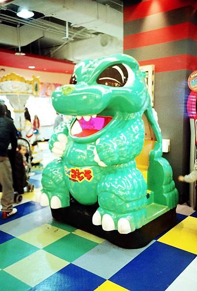 我要當氣球老虎!塑膠恐龍!