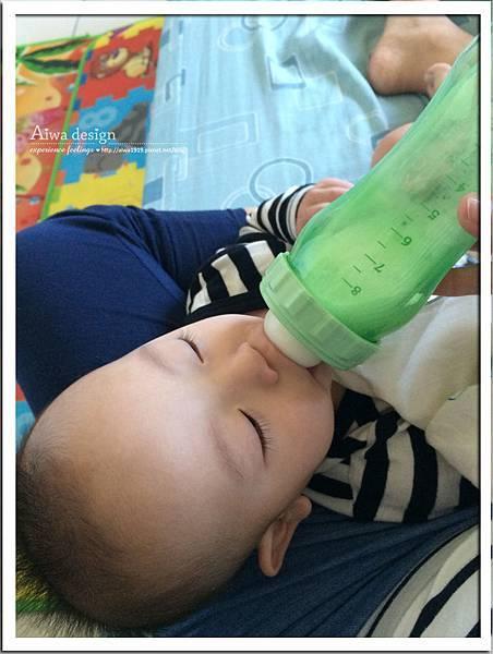 菲斯成長5階段環保雙層奶瓶,專利防脹氣安心奶嘴-14.jpg