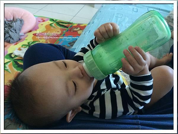 菲斯成長5階段環保雙層奶瓶,專利防脹氣安心奶嘴-15.jpg