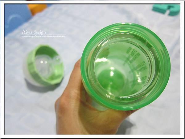 菲斯成長5階段環保雙層奶瓶,專利防脹氣安心奶嘴-26.jpg