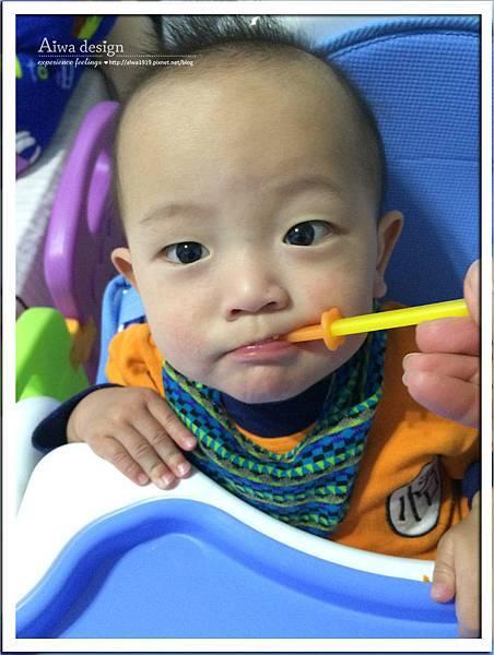 小獅王辛巴果凍Q感溫軟質湯匙組-15.jpg
