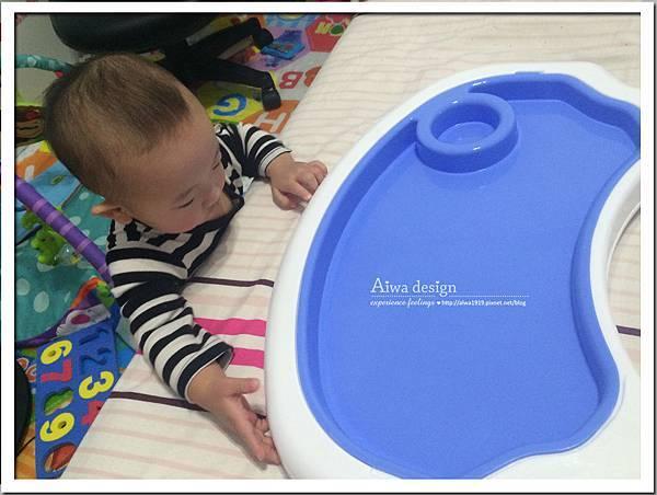 myheart折疊式兒童安全餐椅,好清洗、好收納-05.jpg