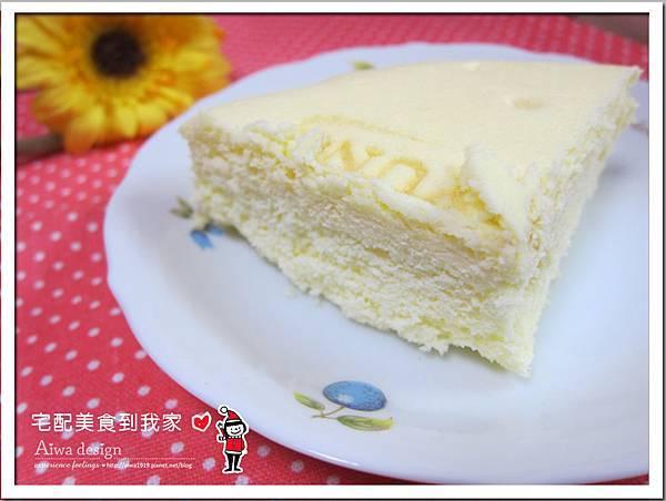 【里洋烘培坊】招牌輕乳酪蒸蛋糕,口感綿柔-02.jpg
