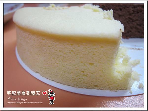 【里洋烘培坊】招牌輕乳酪蒸蛋糕,口感綿柔-26.jpg