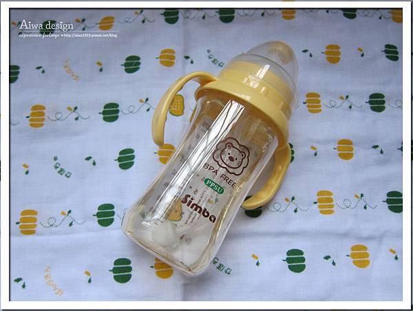 小獅王辛巴PPSU自動把手寬口雙凹中奶瓶-14.jpg
