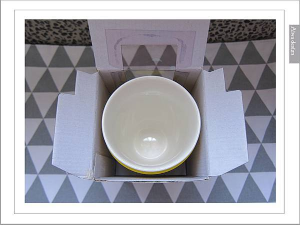 PANTONE UNIVERSE馬克杯+矽膠隔熱杯-06.jpg