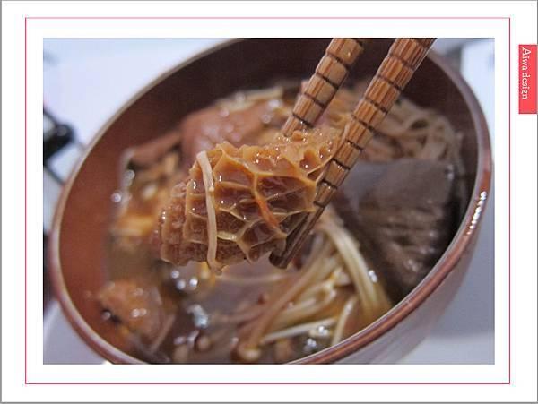 饗城食品-常溫方便菜系列-25.jpg