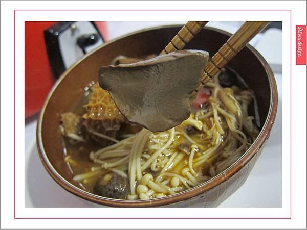 饗城食品-常溫方便菜系列-26.jpg