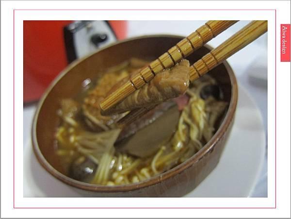 饗城食品-常溫方便菜系列-27.jpg