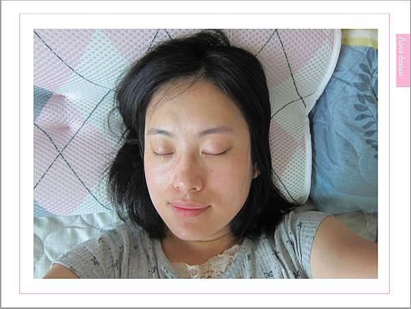 舒福家居 ★ isufu ★3D透氣水洗記憶枕,透氣舒爽-09.jpg