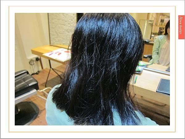 【新竹美髮推薦:精萃髮廊】夏日變髮大作戰!剪個修飾臉型又好整理的俏麗短髮-16.jpg