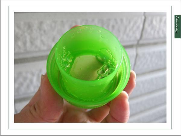 泡舒全植媽媽洗衣液體皂,液體皂質地更能輕鬆去汙-08.jpg