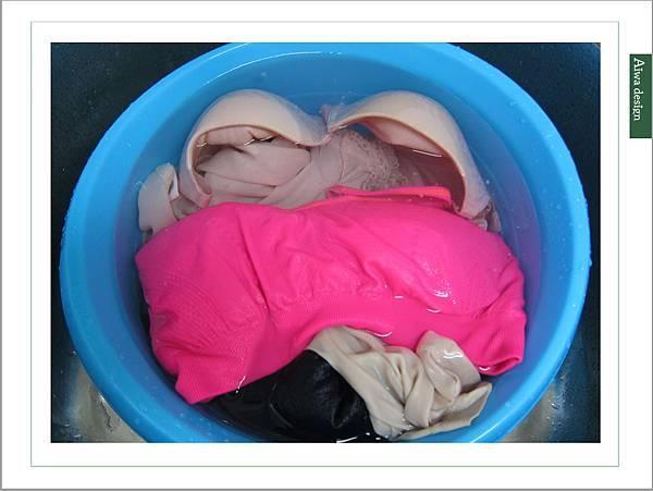 泡舒全植媽媽洗衣液體皂,液體皂質地更能輕鬆去汙-19.jpg