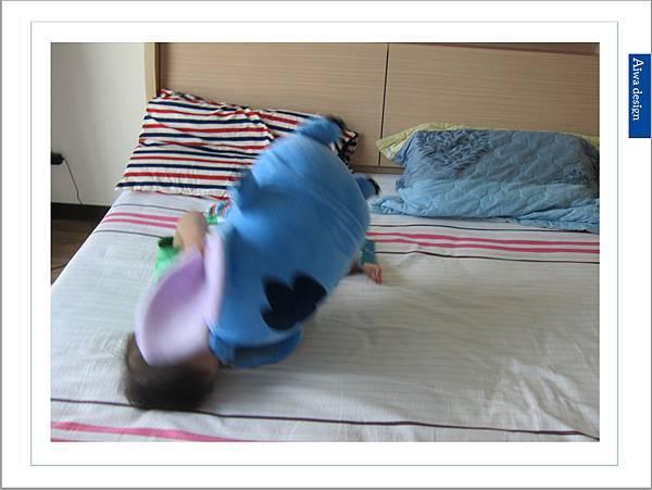 【Nevermite 雷伏蟎】史迪奇防蟎抱枕-17.jpg