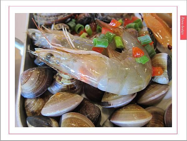 《新竹美食》【OMAYA春川炒雞】人氣高CP的「釜山巨無霸海鮮盆」每一口都是滿足的鮮甜甘美-11.jpg