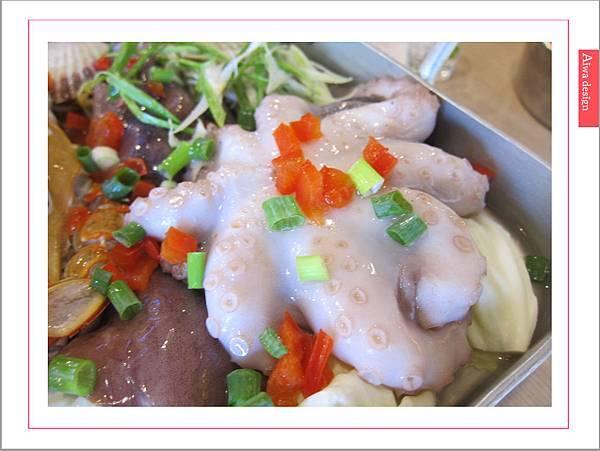 《新竹美食》【OMAYA春川炒雞】人氣高CP的「釜山巨無霸海鮮盆」每一口都是滿足的鮮甜甘美-12.jpg