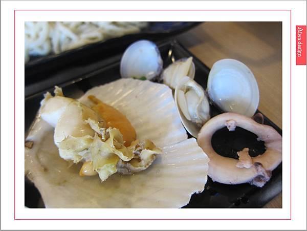 《新竹美食》【OMAYA春川炒雞】人氣高CP的「釜山巨無霸海鮮盆」每一口都是滿足的鮮甜甘美-25.jpg