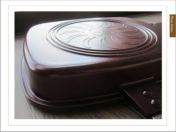 固鋼鍋具《義大利CUOCO》韓國原裝Pandora 's box盒型熱循環不沾雙面煎烤鍋-04.jpg