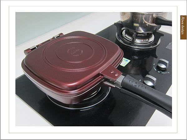 固鋼鍋具《義大利CUOCO》韓國原裝Pandora 's box盒型熱循環不沾雙面煎烤鍋-32.jpg