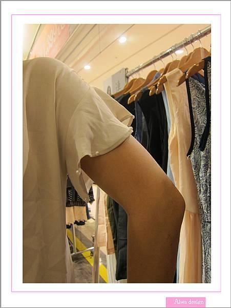 OL職場首選!網路流行品牌《WANNABE氣質女裝》穿出女性魅力-24.jpg