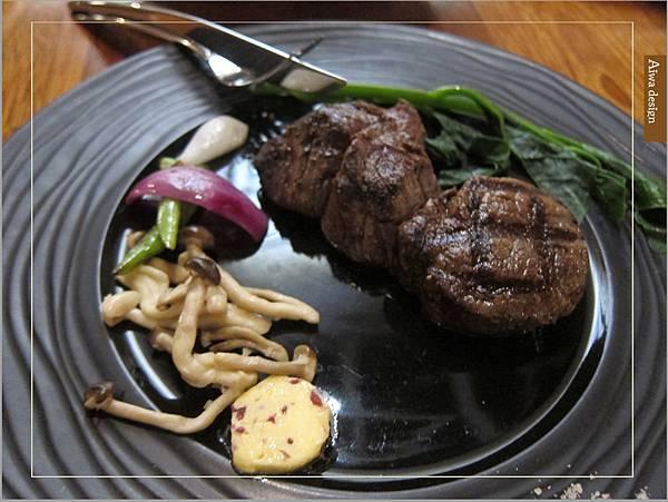【竹北美食週記】文森餐酒館,享受一頓氣質優雅的午餐饗宴-19.jpg