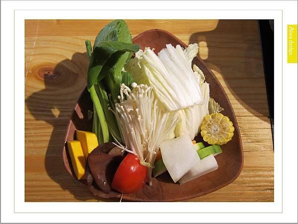 鍋牛鍋物,頂尖食材,甘醇湯頭,豐富配料,火鍋最能療癒人心-13.jpg