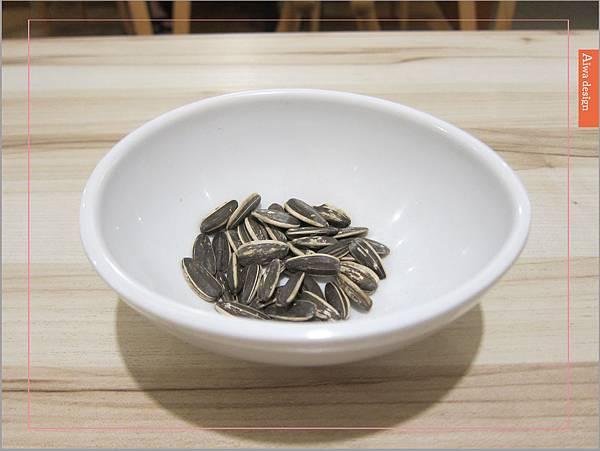 【竹東美食週記】茶自點複合式餐飲(竹東店)餐點種類豐富,環境寬敞舒適-17.jpg