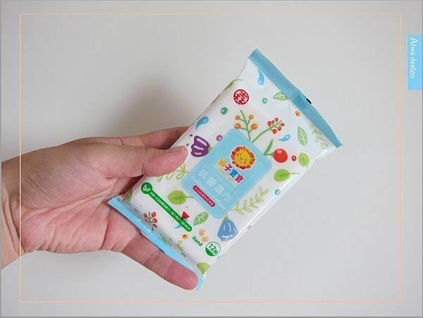 【育兒好物】獅子寶寶抗菌濕巾:超細纖維材質使用,清爽嫩膚不黏膩,貼心呵護寶貝肌膚-04.jpg