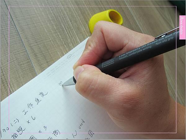 日本文具《Stalogy》和紙美紋貼、日本文具大賞筆記本、指紋清潔滾輪套組,質感超優的-13.jpg
