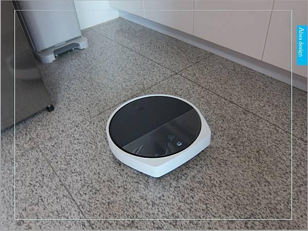 【居家好物】ZEBOT智小兔負離子掃地機器人-16.jpg