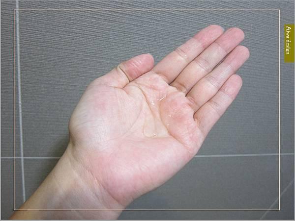 《Sabon 身體磨砂膏》以色列死海礦鹽細緻顆粒擁有獨特多重切面,能溫和去除老廢角質-10.jpg