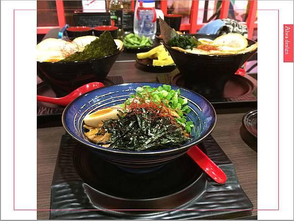 麵屋花魁!東京豚骨拉麵,一場華麗的視覺饗宴,一碗醇厚的拉麵美味!舌尖幻想的,眼睛先品嘗-27.jpg