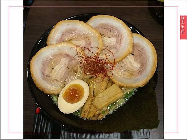 麵屋花魁!東京豚骨拉麵,一場華麗的視覺饗宴,一碗醇厚的拉麵美味!舌尖幻想的,眼睛先品嘗-28.jpg