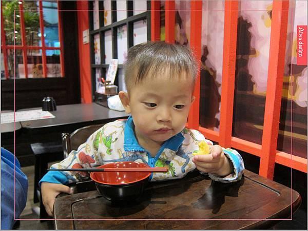 麵屋花魁!東京豚骨拉麵,一場華麗的視覺饗宴,一碗醇厚的拉麵美味!舌尖幻想的,眼睛先品嘗-32.jpg