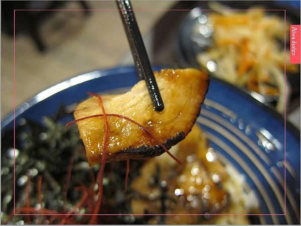 麵屋花魁!東京豚骨拉麵,一場華麗的視覺饗宴,一碗醇厚的拉麵美味!舌尖幻想的,眼睛先品嘗-35.jpg