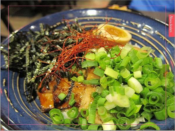 麵屋花魁!東京豚骨拉麵,一場華麗的視覺饗宴,一碗醇厚的拉麵美味!舌尖幻想的,眼睛先品嘗-37.jpg