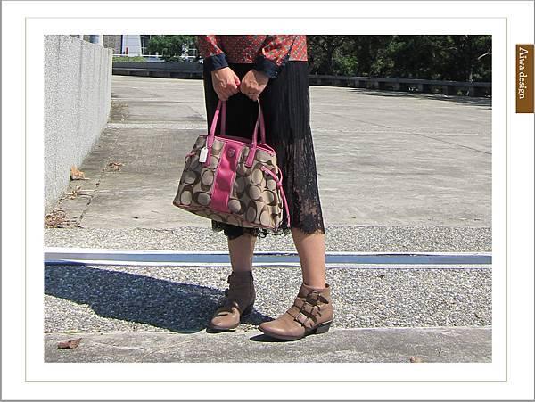 【穿搭】秋日LOOK,簡約氣質。穿上VINCE CAMUTO 扣環經典皮革短靴-14.jpg