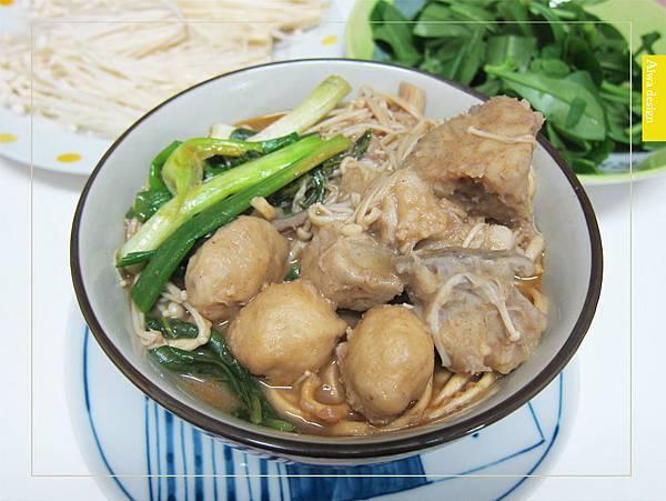 來自馬來西亞的經典好味道!《艾叻沙》純湯底真空包,10分鐘快速上菜-10.jpg