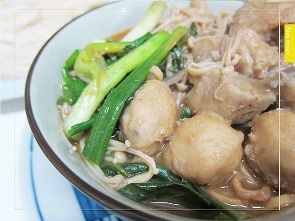 來自馬來西亞的經典好味道!《艾叻沙》純湯底真空包,10分鐘快速上菜-11.jpg