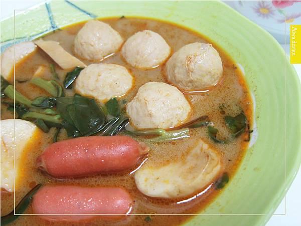 來自馬來西亞的經典好味道!《艾叻沙》純湯底真空包,10分鐘快速上菜-13.jpg