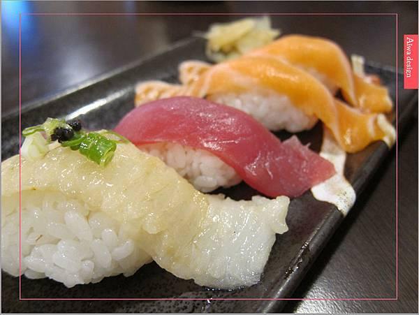 真心不騙!值得一吃的元鮨壽司,肥嫩生魚片,鮮甜味擋不住-01.jpg