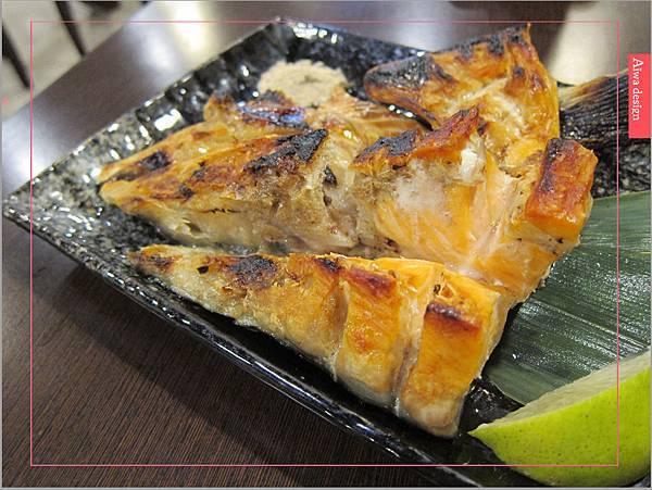 真心不騙!值得一吃的元鮨壽司,肥嫩生魚片,鮮甜味擋不住-20.jpg