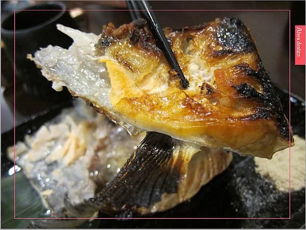 真心不騙!值得一吃的元鮨壽司,肥嫩生魚片,鮮甜味擋不住-21.jpg