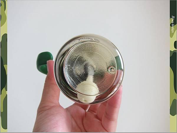 【育兒好物】小獅王辛巴─PPSU自動把手滑蓋杯240ml(迷彩),吸吮更順暢-05.jpg