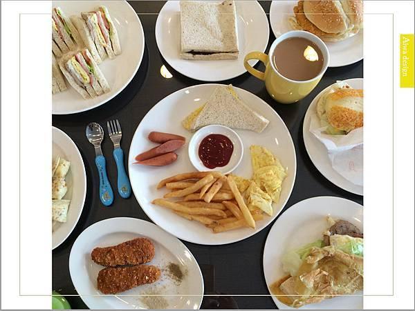 【新竹美食週記】明新科大學生最愛早午餐《品味煮藝》吐司麵包柔軟美味,用料豐盛,靠近新豐車站-32.jpg