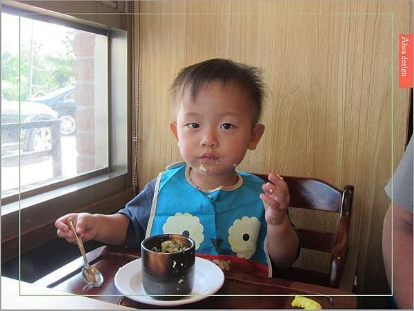 【竹北美食週記】東街日式料理,超霸氣的厚切生魚片!限量膠原蛋白明蝦雙人火鍋,鮮甜味擋不住-25.jpg