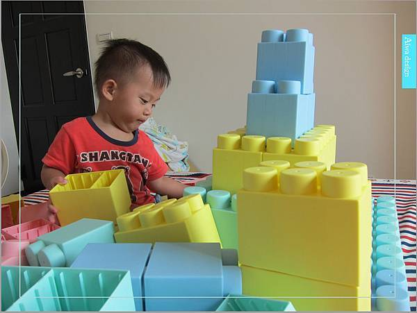 【無毒兒童玩具】Bei'sBaby貝斯寶貝,好玩的益智積木,尺寸巨大,安全輕巧,顏色粉嫩,增進親子互動-11.jpg